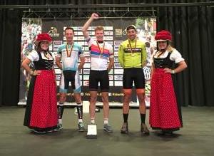 Sjors wereldkampioen fietsen (c) Beukeboom